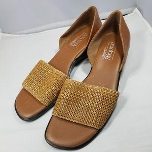 Earology by aerosole sandal shoes